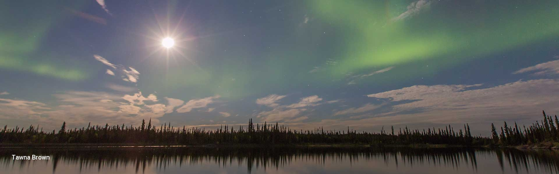 Summer Aurora Borealis in Yellowknife